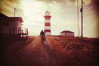 Walking-to-the-Lighthouse.jpg
